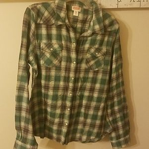 Jrs size L New flannel shirt